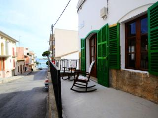 Bright Porto Cristo Villa rental with A/C - Porto Cristo vacation rentals