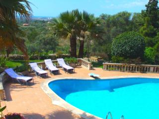 Gorgeous Villa with Internet Access and Shared Outdoor Pool - Sa Cabaneta vacation rentals