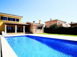 Nice 4 bedroom Villa in Puig de Ros - Puig de Ros vacation rentals