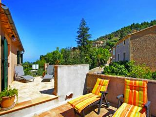 2 bedroom Villa with A/C in Deia - Deia vacation rentals