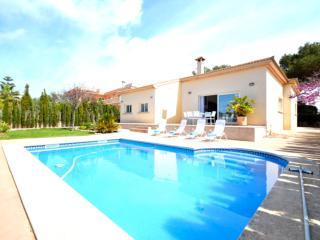 Nice Villa with Internet Access and A/C - Badia Gran vacation rentals