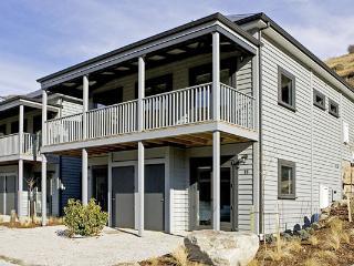 Cardrona Valley Alpine Chalet 44 - Cardrona vacation rentals