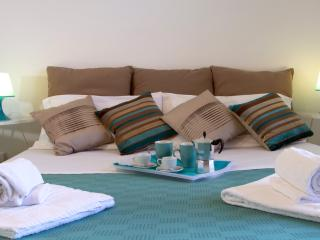 TAORMINA STUDIO APARTMENTS 312 - Giardini Naxos vacation rentals