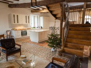 2 bedroom House with Television in Pommard - Pommard vacation rentals