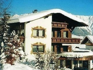Sunny 2 bedroom Fiss Apartment with Internet Access - Fiss vacation rentals