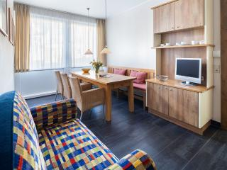 Cozy 2 bedroom Norderney Apartment with Shared Indoor Pool - Norderney vacation rentals