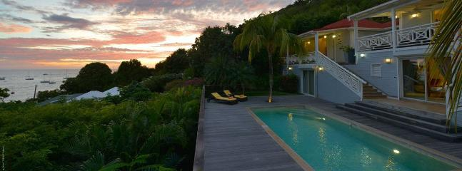 4 Bedroom Villa, Pool & Pathway to Beach, Sleeps 8 - Image 1 - Corossol - rentals
