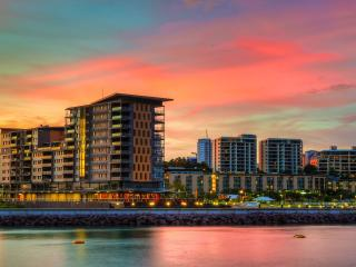 Darwin Waterfront Luxury Suites - 1 Bed + FREE CAR - Darwin vacation rentals