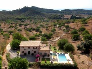 Nice House with Internet Access and A/C - S' Horta vacation rentals