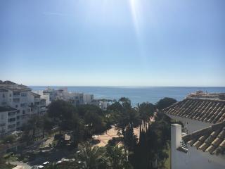 Deluxe contemporary penthouse - Puerto José Banús vacation rentals