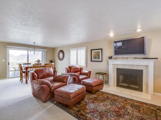 Cozy Condo with Deck and Internet Access - Saint George vacation rentals