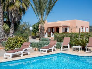 Idyllic villa with pool/bbq/beaches - Santa Eulalia del Rio vacation rentals