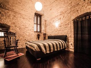 A chic location in the heart of Ruvo di Puglia - Ruvo Di Puglia vacation rentals
