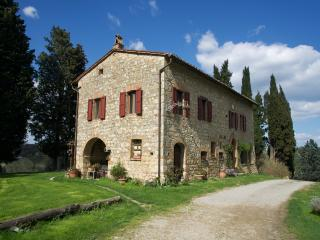 HOLIDAY APARTMENT - FARMHOUSE AGRITURISMO IL CAIO - Cetona vacation rentals