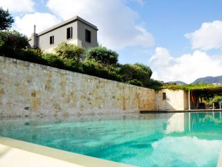 Lavish Villa with infinity pool, near the beach - Kalami vacation rentals