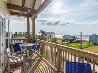 Spacious & Sundrenched Home in Galveston- Sleeps 12 - Galveston vacation rentals