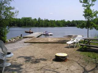 Nice Cottage with Television and Microwave - Port Severn vacation rentals