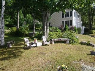 BELLA VISTA | WESTPORT ISLAND MAINE | SALT WATER RIVER | PRIVATE DOCK & FLOAT | INCREDIBLE VIEWS - Boothbay vacation rentals