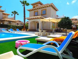 Beautiful Villa in Cabo Roig - Cabo Roig vacation rentals