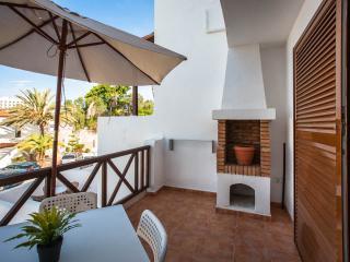 First line central cozy apartment Paraiso Royal LA - Playa de las Americas vacation rentals