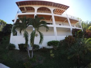 Nice House with Internet Access and A/C - Quepos vacation rentals