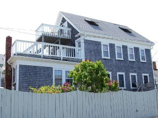 Pet Friendly/On-site parking for 2 cars/NoSmoking - Provincetown vacation rentals