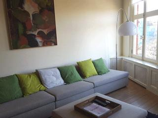 Canal Side Bed and Breakfast Amsterdam - Amsterdam vacation rentals