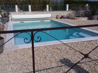 3 bedroom Gite with Internet Access in Saint-Victor-de-Malcap - Saint-Victor-de-Malcap vacation rentals