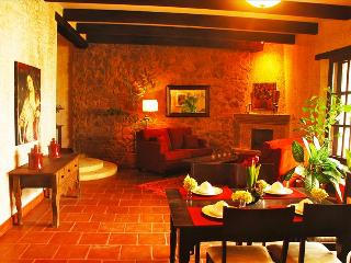 Casa Candelaria - Large and Inviting Home with 360 degree Volcanic Views from Roof-Top Terrace. - Antigua Guatemala vacation rentals