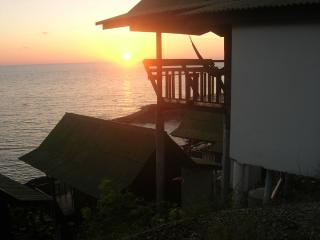 The Ocean Phangan Homestay (Hualaem Resort) - Surat Thani vacation rentals