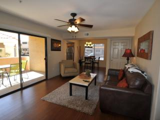 LUXURY 2 BED/ 2 BATH VILLA - Scottsdale vacation rentals