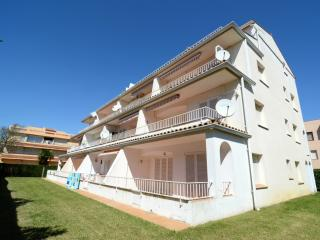 Cozy 2 bedroom Condo in L'Estartit with Television - L'Estartit vacation rentals