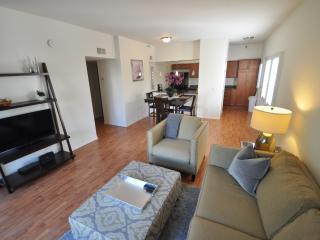 OLDTOWN CHARMER! - Scottsdale vacation rentals