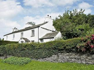 CLOVERDALE COTTAGE, Crosthwaite, Near Windermere - Crosthwaite vacation rentals