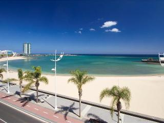 Cozy Apartment with Water Views and Safe - Arrecife vacation rentals