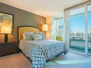 Furnished 2-Bedroom Apartment at E Ohio St & N Fairbanks Ct Chicago - Chicago vacation rentals