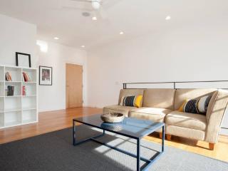 Modern 3-level Wicker Park Home - Chicago vacation rentals
