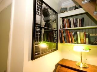 Furnished 1-Bedroom Apartment at Spring Rd & Highridge Dr Huntington - Huntington vacation rentals