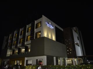 The Divine Resort (Veraval - Somnath) - Somnath vacation rentals