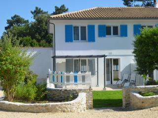 Appartement Babord avec terrasse dans villa - Saint-Trojan les Bains vacation rentals
