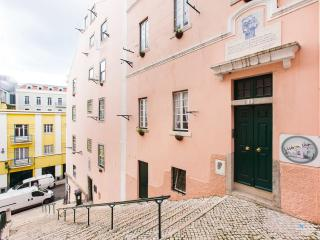 Lisbon Inn 2E is in Town Center - Lisbon vacation rentals
