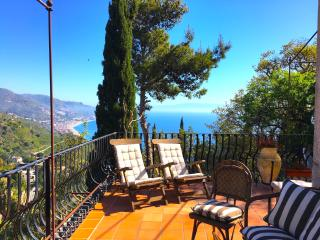 CASA LUDOVICA sea view with terrace - Taormina vacation rentals