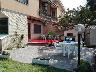 """Casa Vacanze  """"Villa dei Petali"""" - Terracina vacation rentals"""