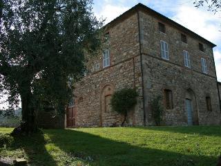 Casella:Toscana, vino, tradizione - Palazzone vacation rentals