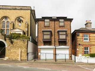 5 The J House located in Cowes, Isle Of Wight - Cowes vacation rentals