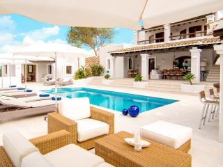 Nice Villa with Internet Access and A/C - Santa Eulalia del Rio vacation rentals