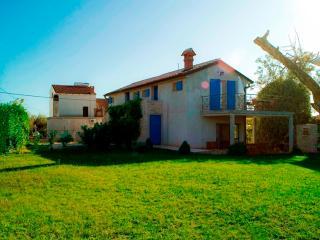A3-Sweet App&Terrace in istrian house - Zambratija vacation rentals