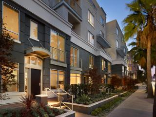 2 Bedroom Townhouse close to Rodeo Drive - Beverly Hills vacation rentals