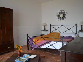 La Bartola meravigliosa casa panoramica a Lipari - Lipari vacation rentals