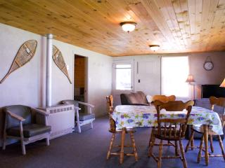 Nanmark's Lighthouse Resort - Sportsman Cottage - Callander vacation rentals